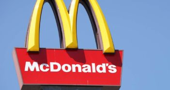 jobs at mcdonalds, mcdonalds, mcdonalds jobs, jobs at mcdonalds for pakistani, pakistan mcdonalds jobs, mcdonalds usa,